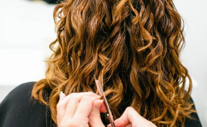 photo of curl stylist